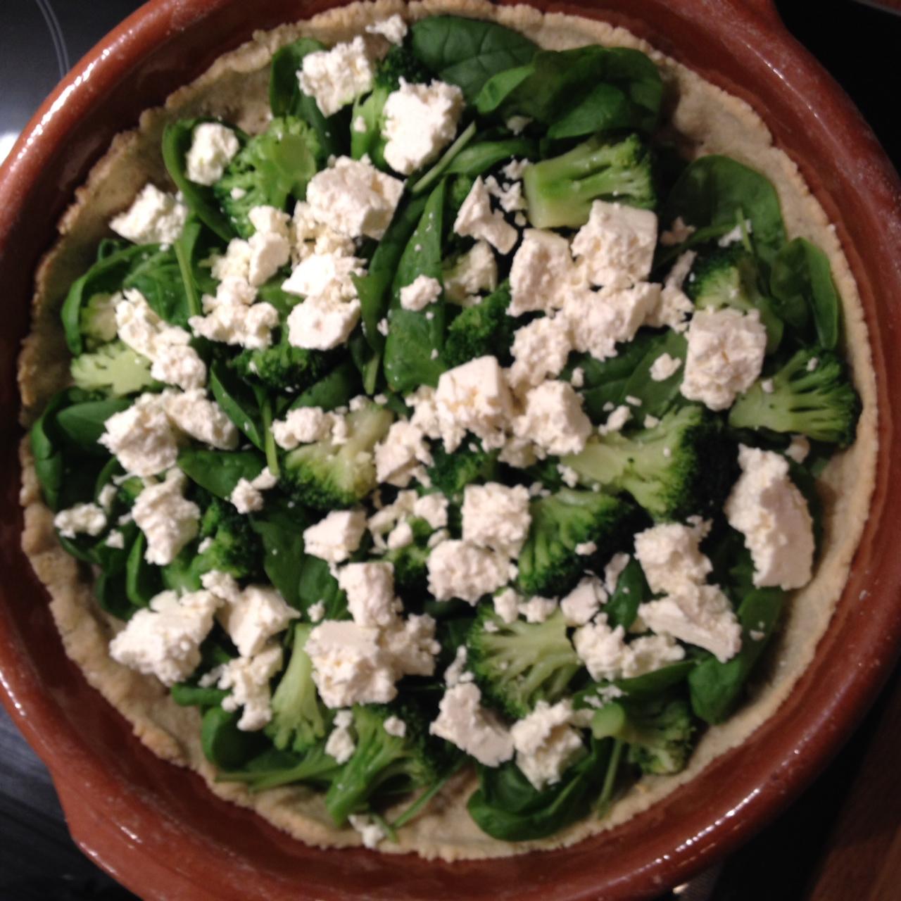 vegetarisk paj broccoli fetaost